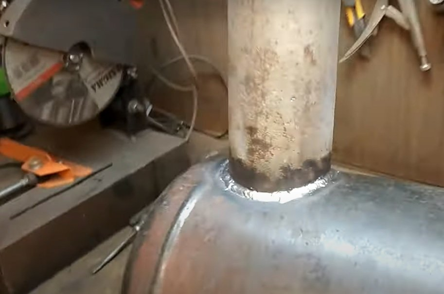 Potbelly stove with good heat transfer