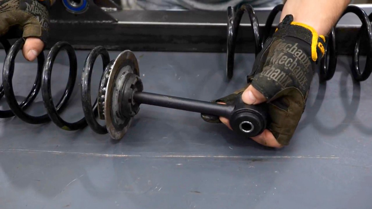 Swing balance weights (scales) with your own hands