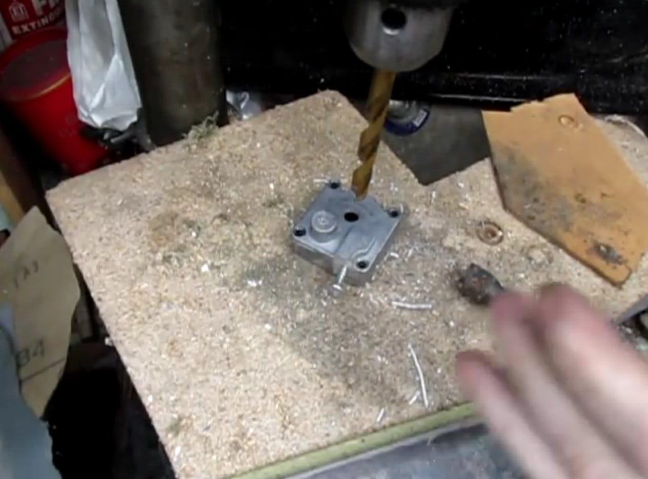 Engraving machine from a car compressor